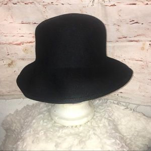 Accessories - Vintage Navy Pure Wool  Felt Hat Made in the USA